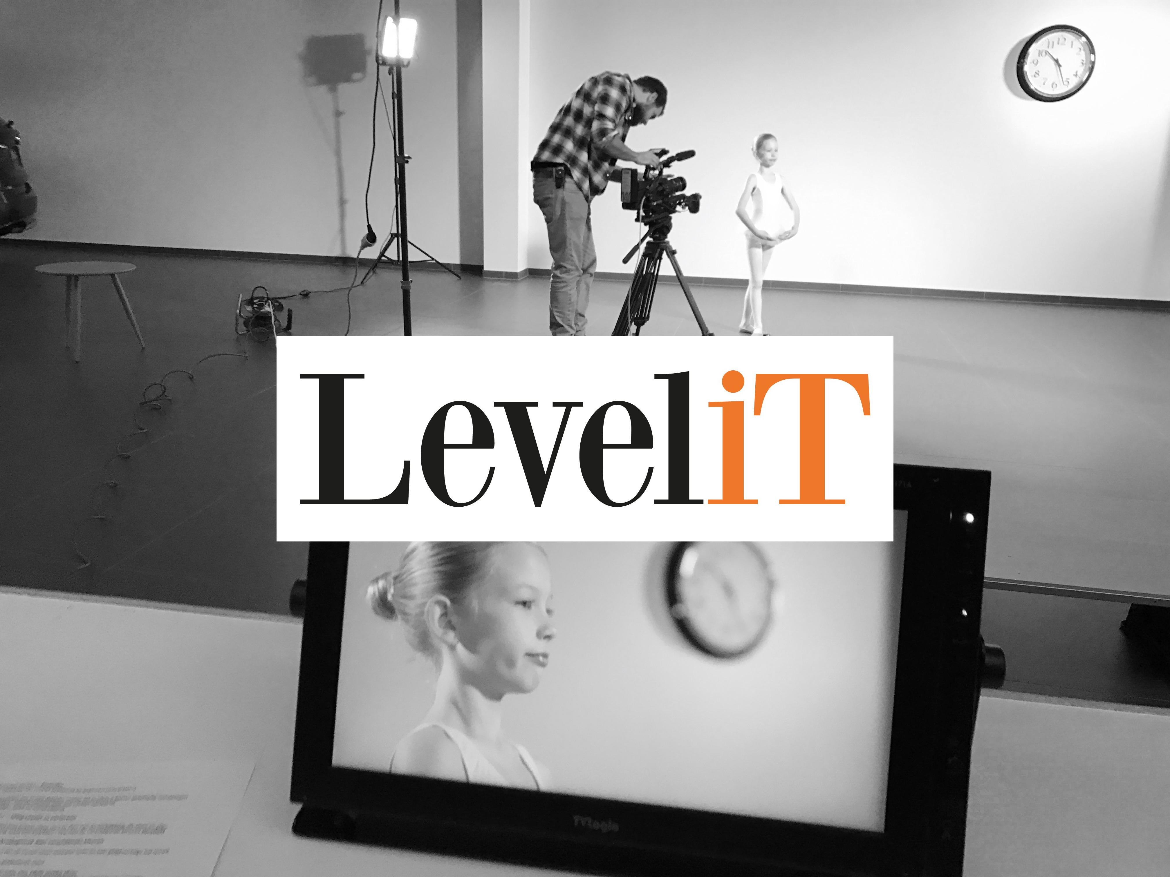 Levelit corporate movie - zwart-wit